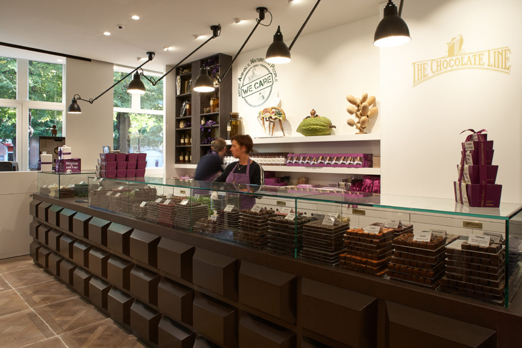 inrichting chocolaterie dominique persoone chocolate line brugge integral