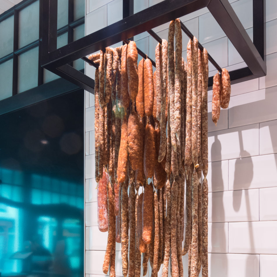 inrichting slager huyze parrent koeltoonbank landelijk staal hout brugge integral