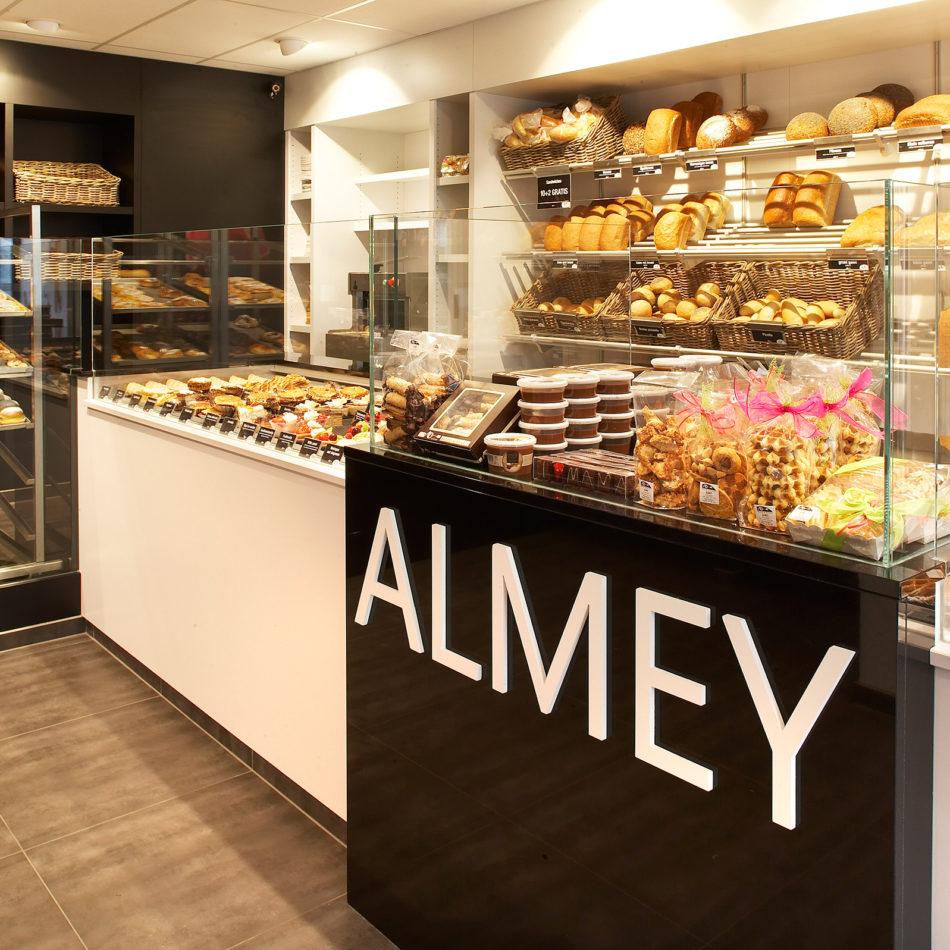 Bakkerij totaalinrichting Almey