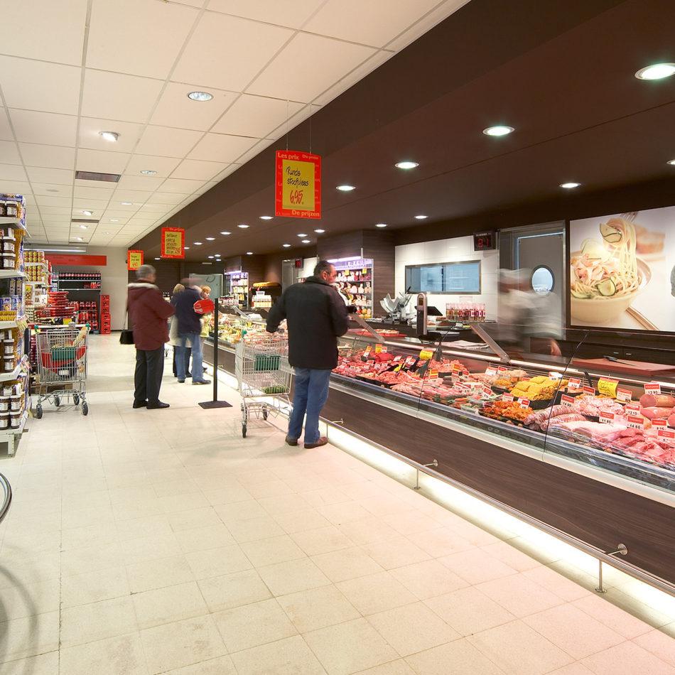 Carrefour Market Harelbeke gekoelde toonbank slager