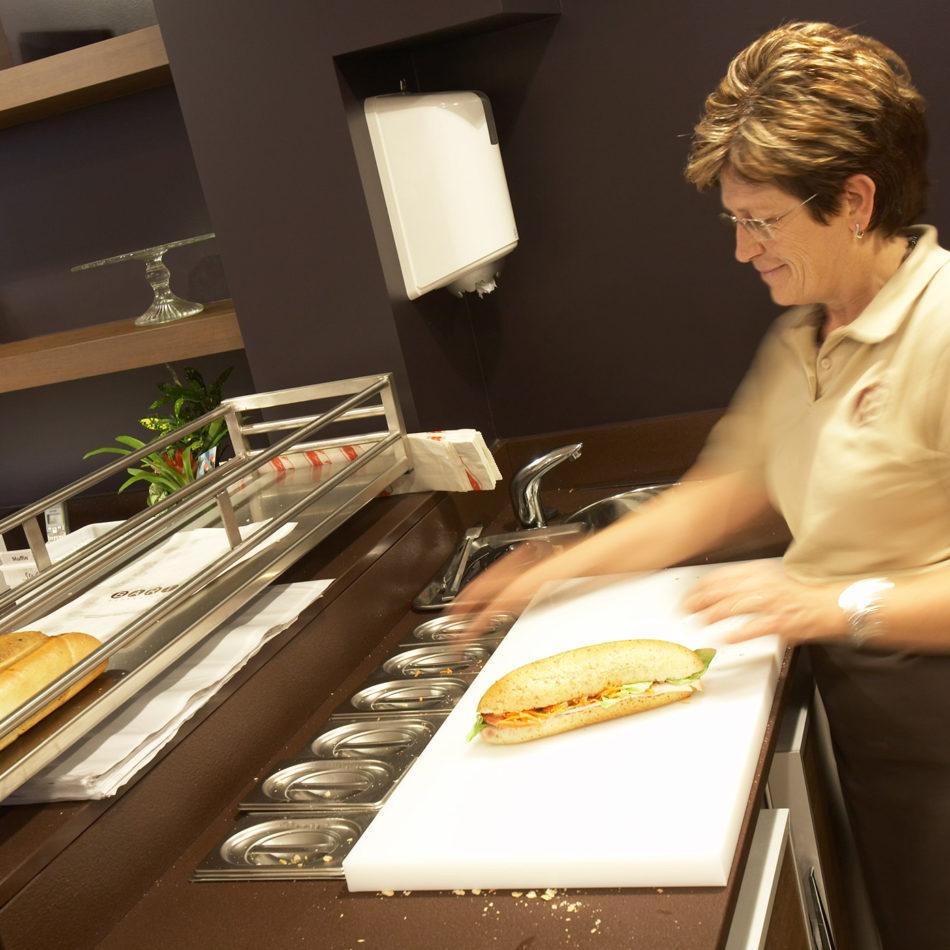 bakker Bakkerij Bart inrichting van broodjes