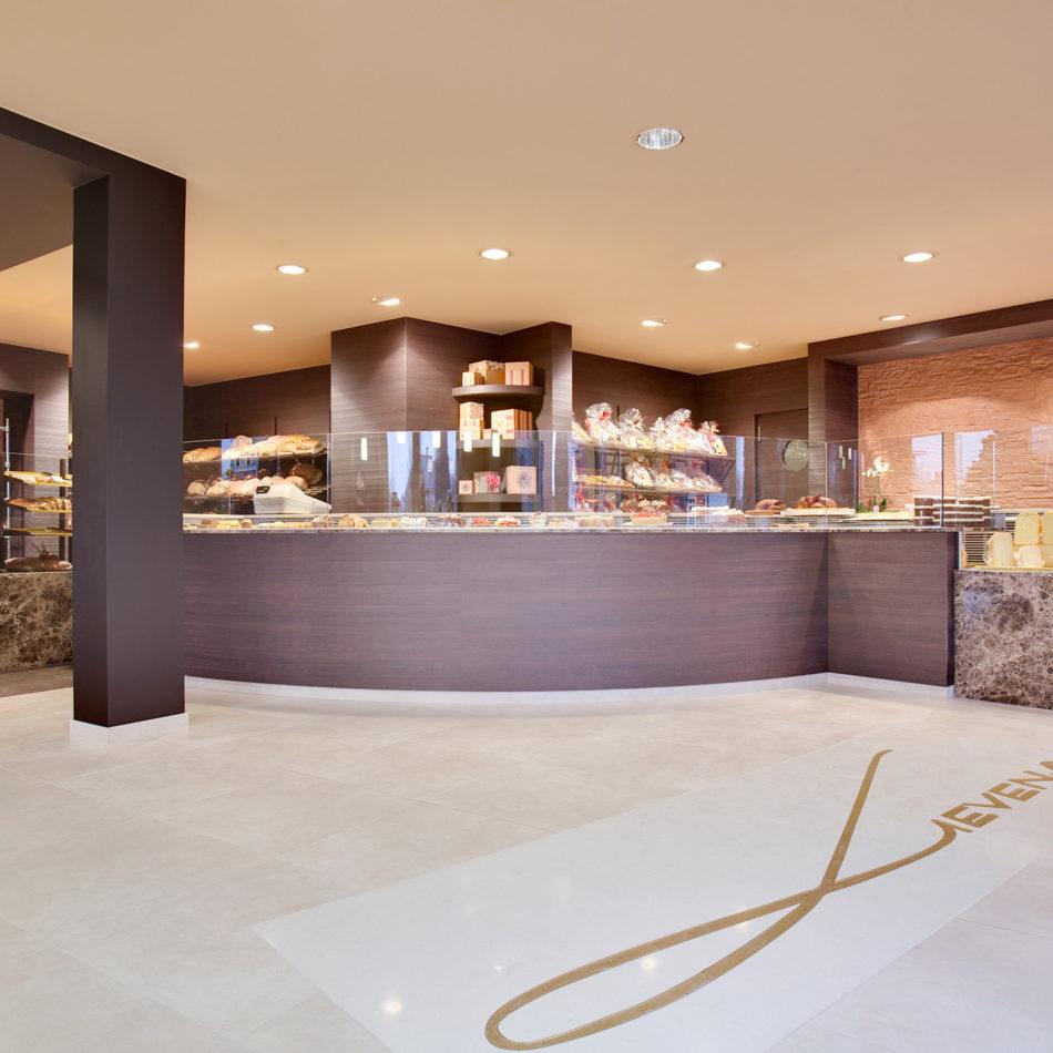 Bakkerij lievens integral inrichting voedingswinkels for Interieur lievens