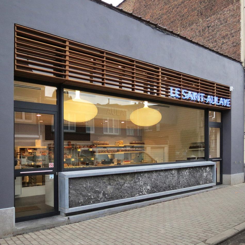 Bakkerij inrichting Le Saint-Aulaye voorkant van de winkel