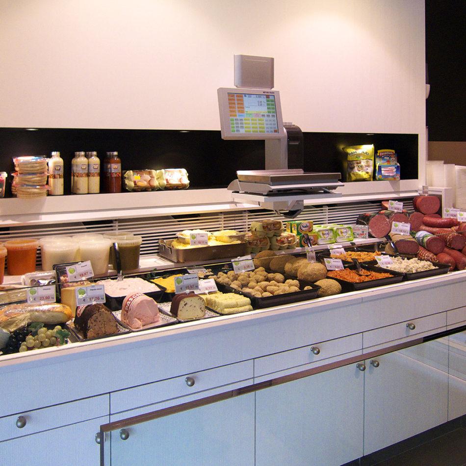 slagerij Vanlooveren toonbank