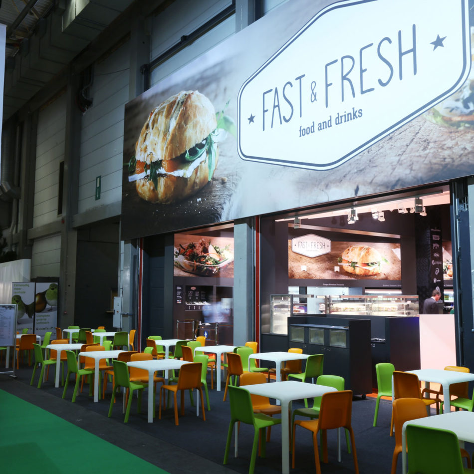 Flanders Expo Fast & Fresh bistro inrichting