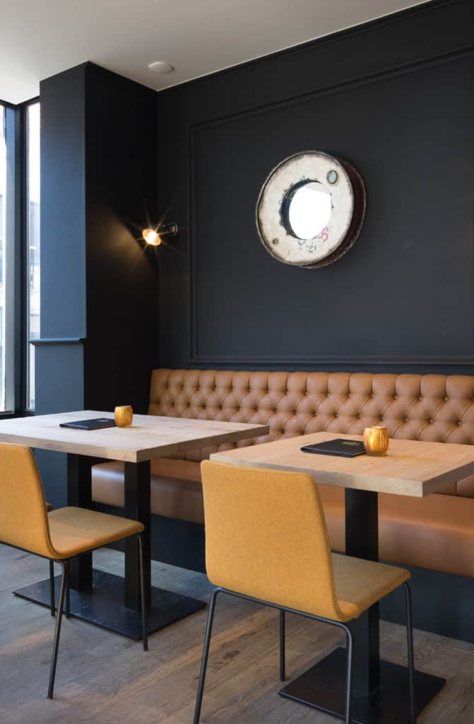 inrichting tudor rose bar bistro restaurant bank oostende integral