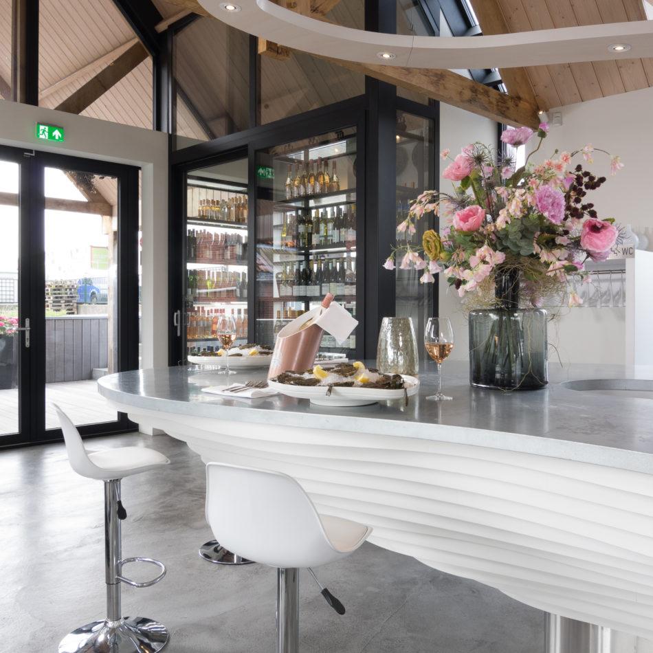inrichting oesterput bar bistro restaurant oester zee wit oostende integral