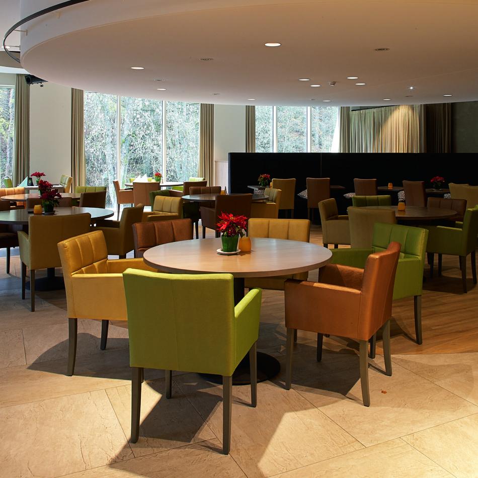 inrichting hotel vayamundo houffalize bar integral