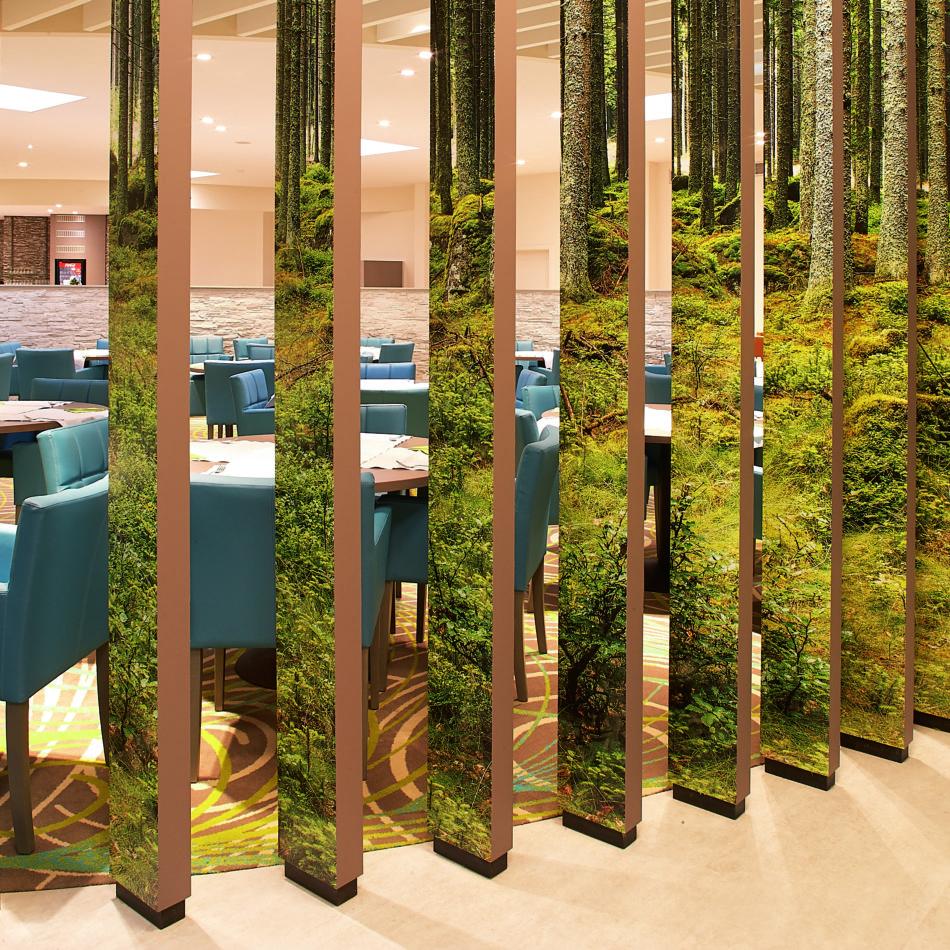 inrichting hotel vayamundo houffalize bar muurprint integral