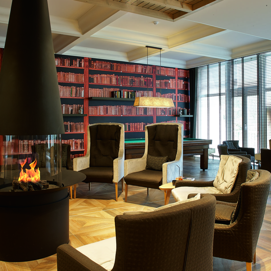 inrichting hotel vayamundo houffalize lounge haard integral