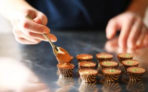 Integral Interiors | Totaalinrichting, interieur en gekoelde toonbanken voor chocolatier