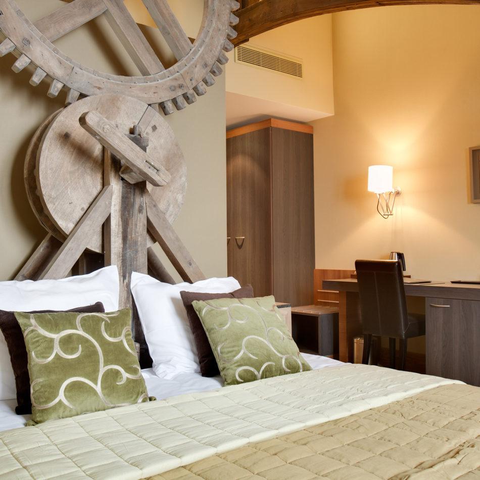 Godshuize hotelkamer moderne inrichting