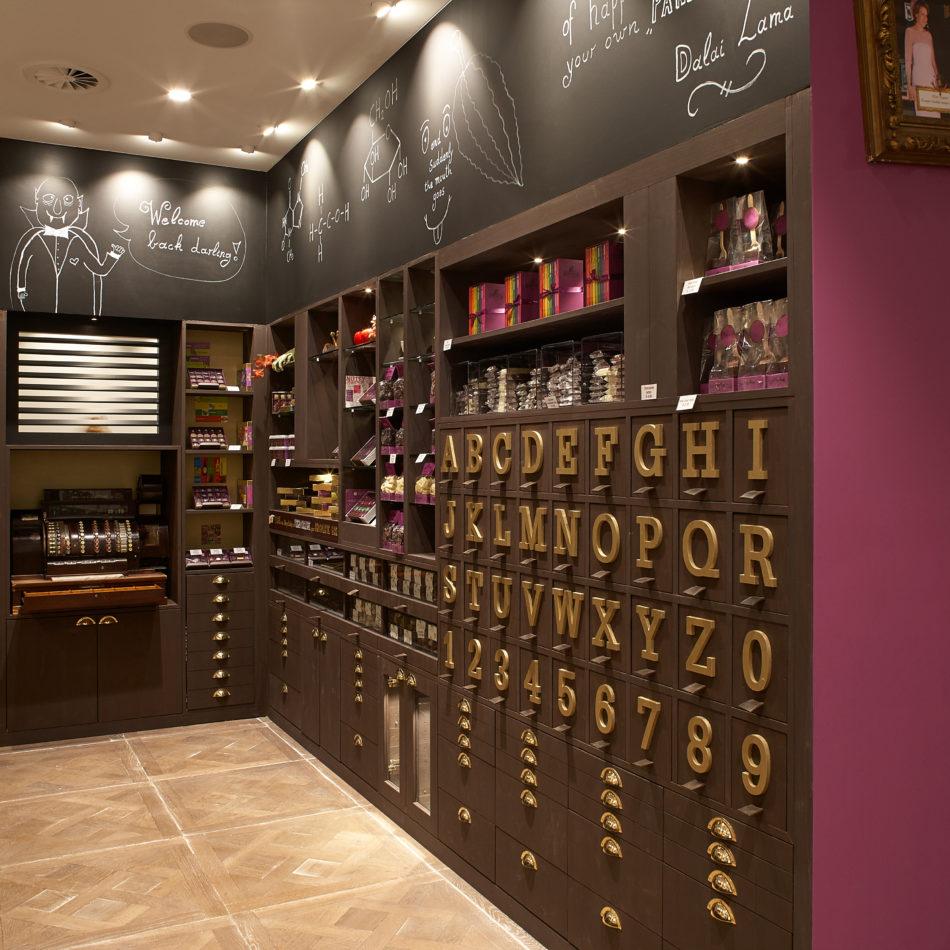 Chocolade letters maatmeubilair Integral Eeklo