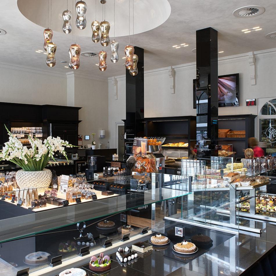 Interieur voor bakkerij integral winkelinrichting